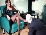 Mistress cleans her shoes in slaves mouth