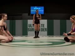 Pussy battle between to tough ladies in the ring