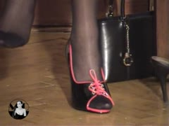 Foot domination enjoyment for Madame Catarina