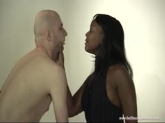 Black mistress overpowers a white man