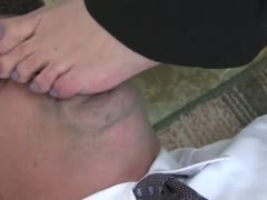 Femdom in uniform loves to humiliate loser man