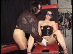 Bondage girl try outs in BDSM