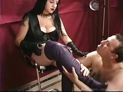 Mistress Xena purple boots licked