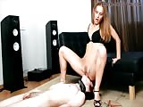 Full service pussy eating to a horny domina